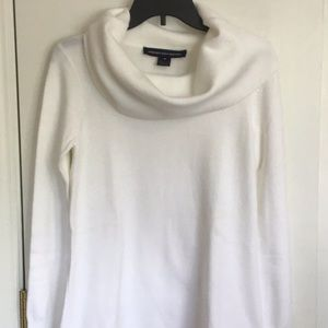 NWOT-French Connection Sweater- Medium